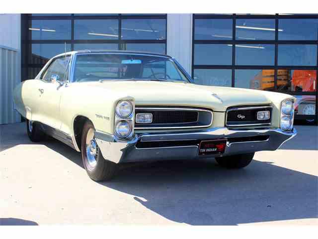1966 Pontiac Grand Prix | 936720