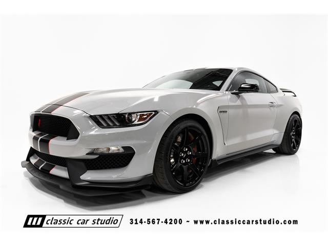 2016 Shelby GT350 | 936749