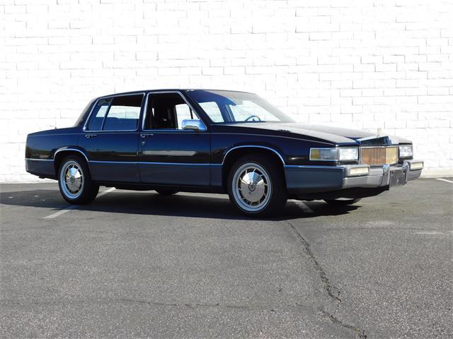 1989 Cadillac Sedan DeVille | 936764