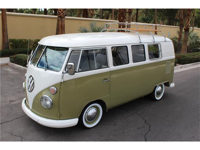 1965 Volkswagen Bus | 936828