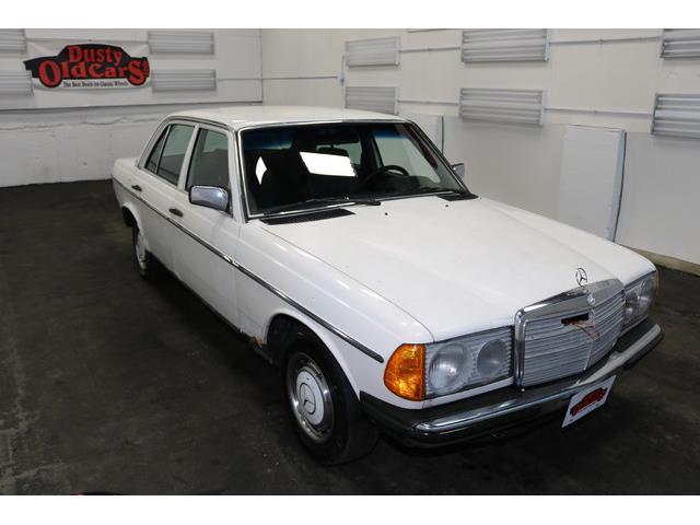 1980 Mercedes-Benz 230E | 936869