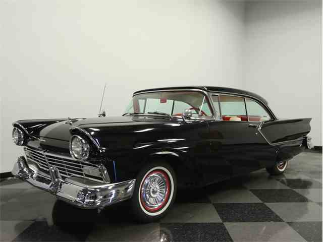 1957 Ford Fairlane Club Victoria | 936884