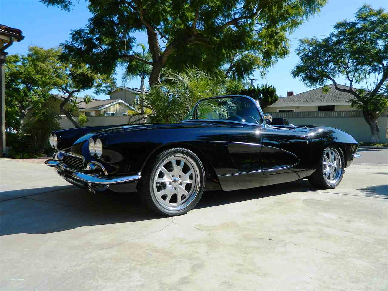 Large Picture of '61 Corvette - K2YE