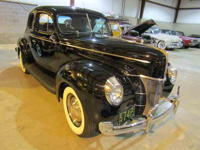 1940 Ford Deluxe | 937090