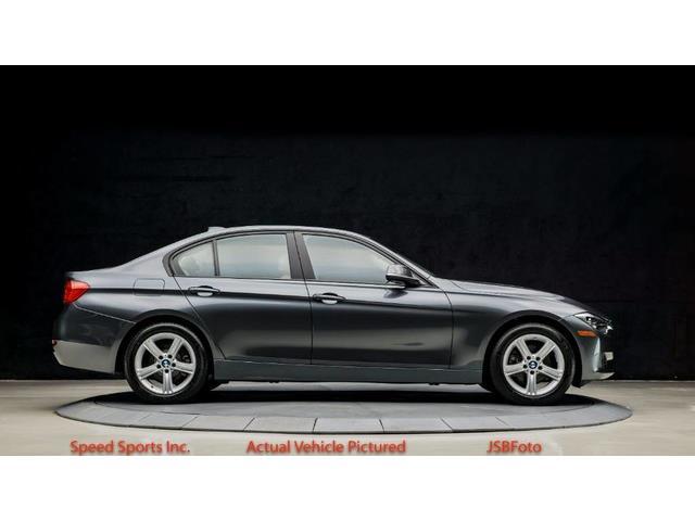 2013 BMW 3 Series | 937311