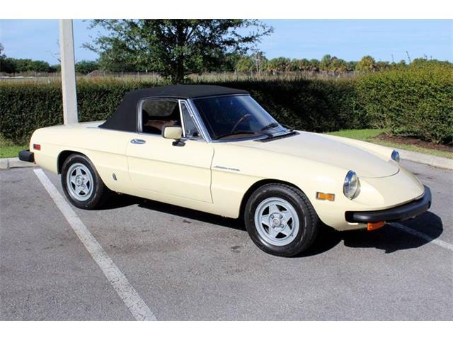 1982 Alfa Romeo Spider   937535