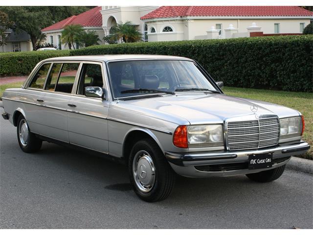 1984 Mercedes-Benz 300D | 930767