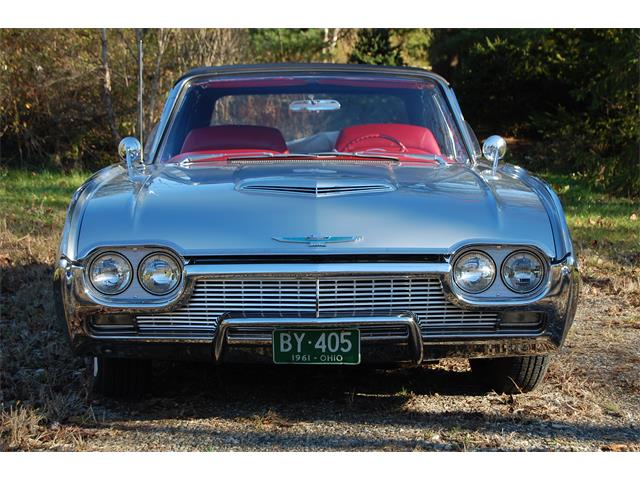 1961 Ford Thunderbird | 937722
