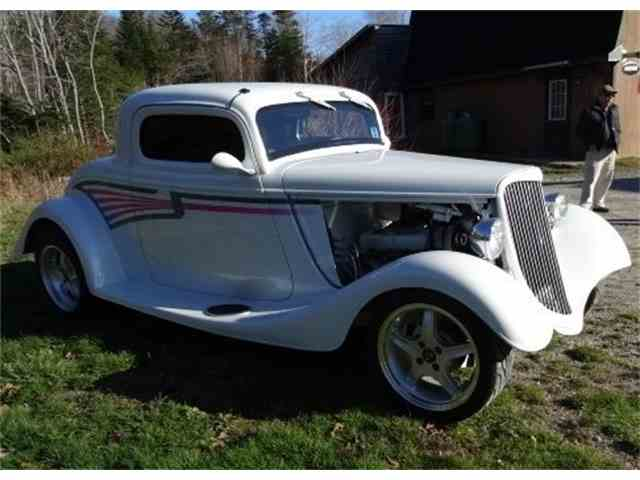 1934 Ford 3-Window Coupe | 937860