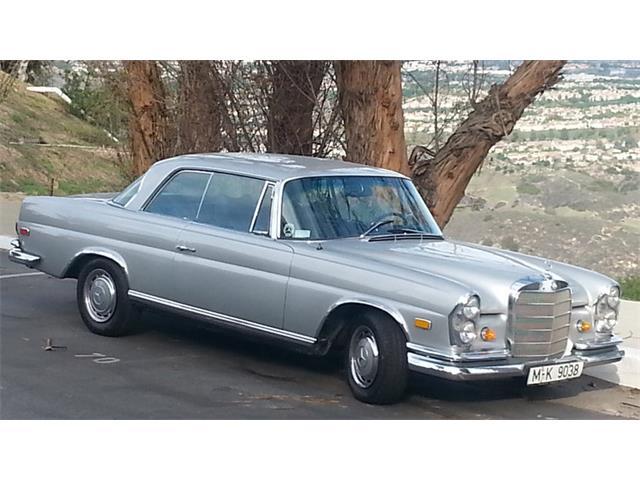 1969 Mercedes-Benz 280SE | 937899