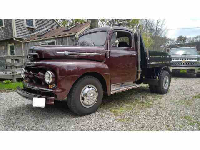 1952 Ford Pickup | 937960