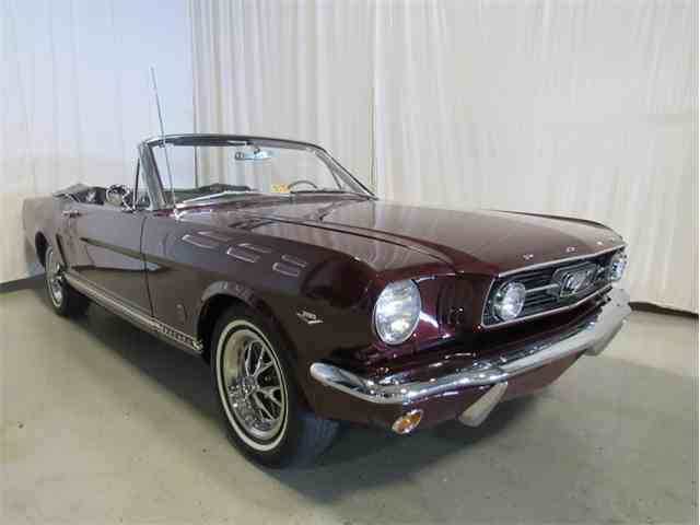 1966 Ford Mustang | 938102