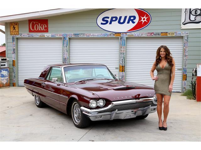 1964 Ford Thunderbird | 938188