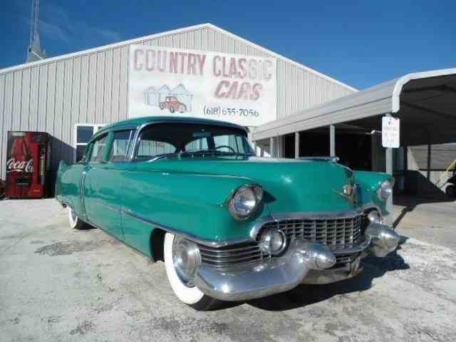 1954 Cadillac Sedan | 938280
