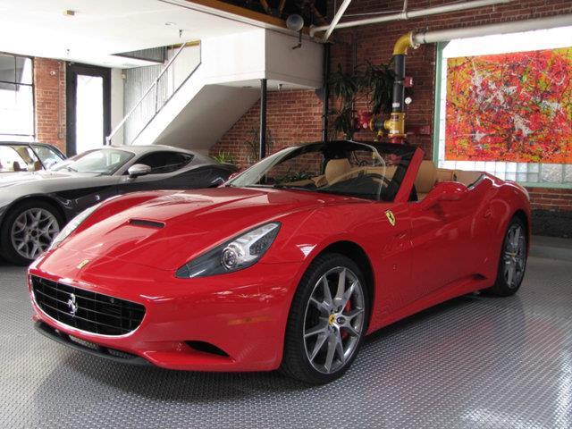 2012 Ferrari California | 930829