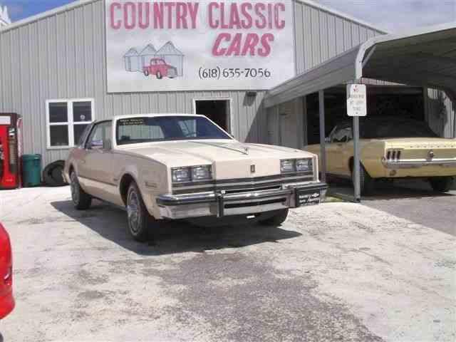 1984 Oldsmobile Toronado | 938297