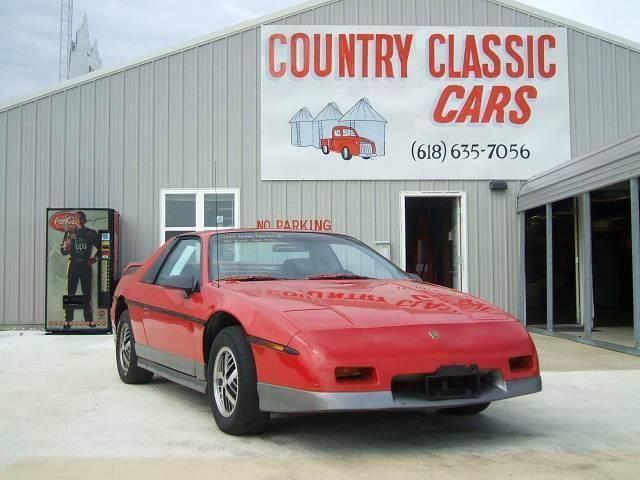 1985 Pontiac Fiero | 938298