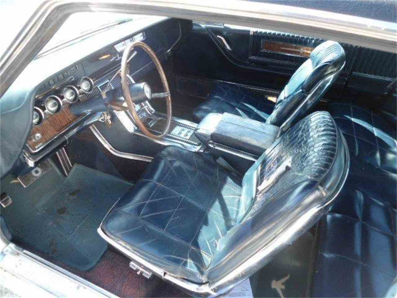 Large Picture of '66 Thunderbird - K402