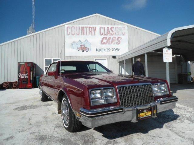 1983 Buick Riviera | 938316