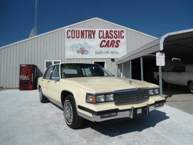 1985 Cadillac Fleetwood | 938325