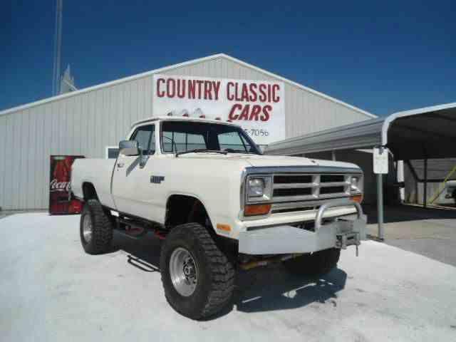 1986 Dodge D150 | 938371