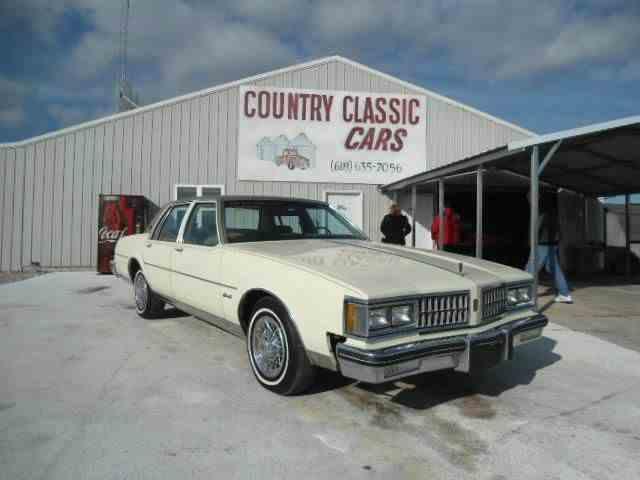 1981 Oldsmobile Delta 88 | 938383