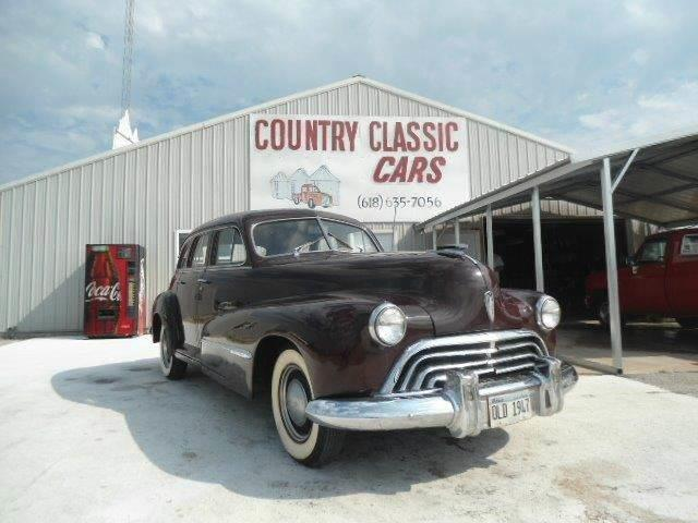 1947 Oldsmobile 4-Dr Sedan | 938393