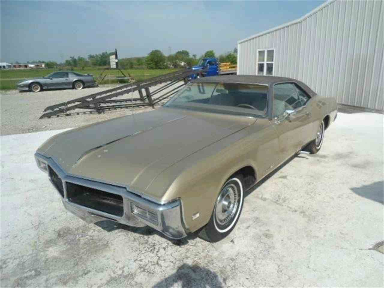 Large Picture of '68 Riviera - K439
