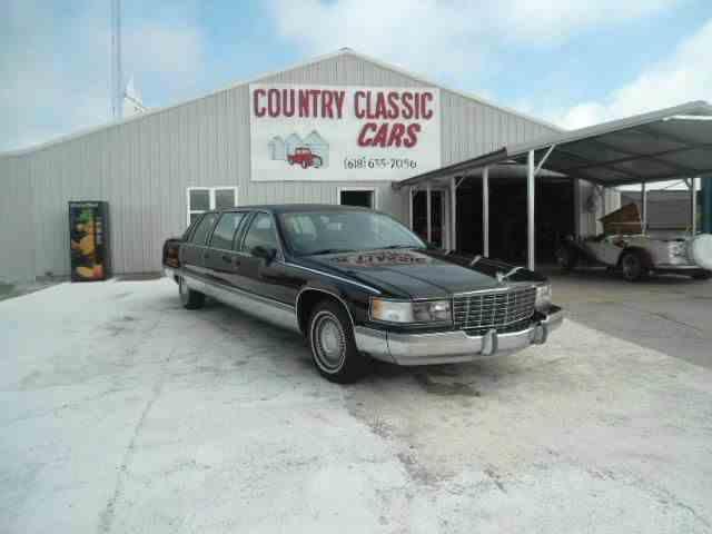 1994 Cadillac Limousine   938434