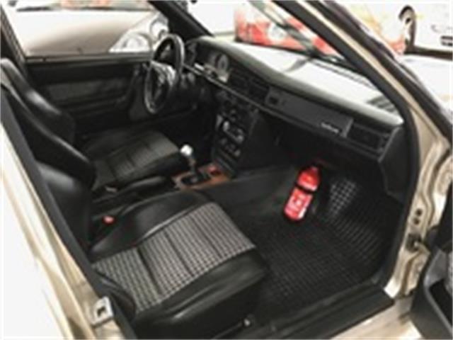 1986 Mercedes-Benz 190E   938504
