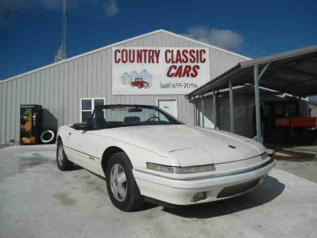 1990 Buick Reatta | 938632