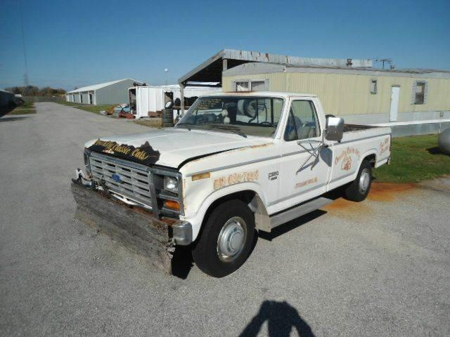 1983 Ford F250 | 938662