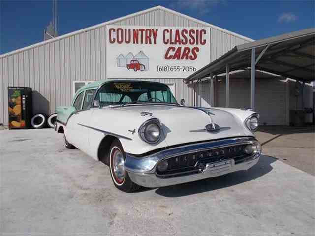 1957 Oldsmobile Super 88 | 938705