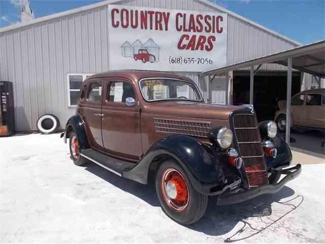 1935 Ford 4-Dr Sedan | 938799