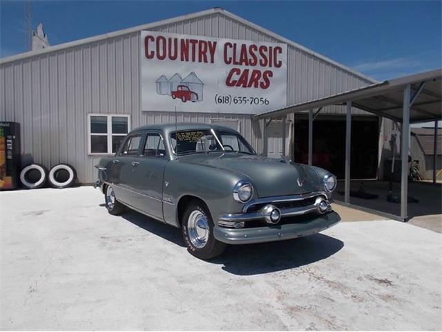 1951 Ford Custom | 938802