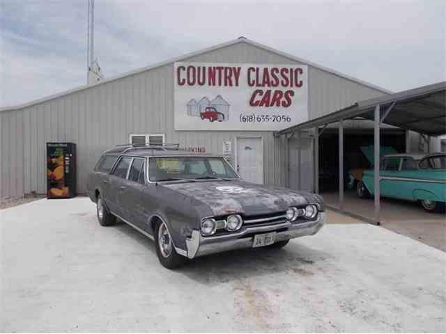 1967 Oldsmobile Vista Cruiser | 938834