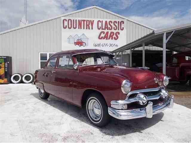 1951 Ford Custom | 938875