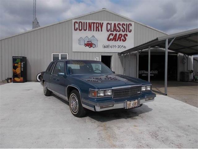 1986 Cadillac Coupe DeVille | 938927