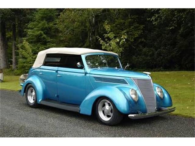 1937 Ford Sedan | 939064