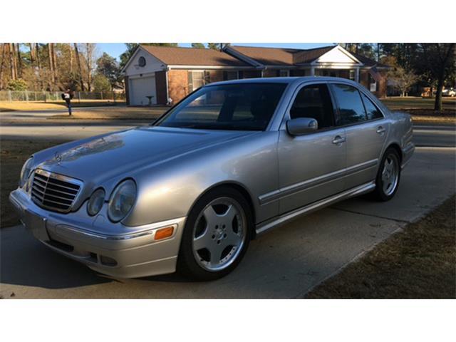 2001 Mercedes-Benz E55 | 930912