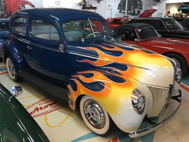 1940 Ford Deluxe   939177
