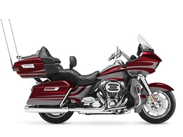2016 Harley-Davidson® FLTRUSE - CVO™ Road Glide Ultra® | 939186