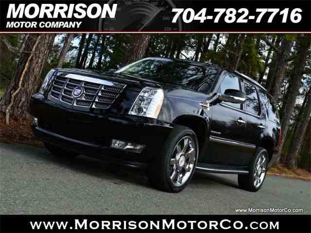 2011 Cadillac Escalade | 939360