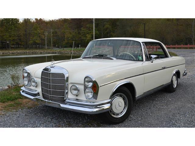 1967 Mercedes-Benz 280SE | 930937