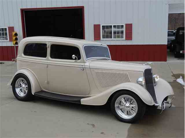 1933 Ford 2-Dr Coupe | 939381