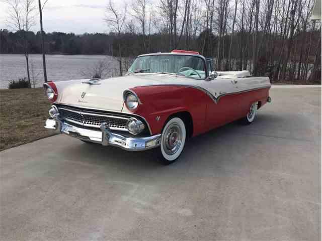 1955 Ford Sunliner | 939399