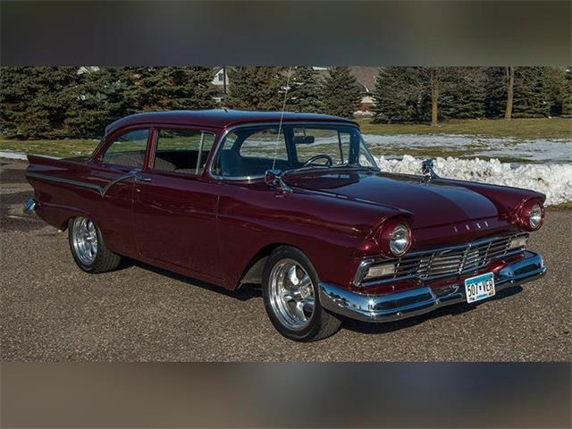 1957 Ford Custom 300 | 939546
