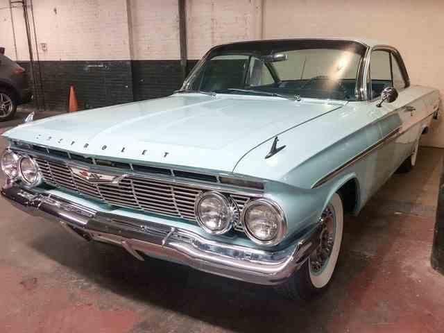 1961 Chevrolet Impala | 939620