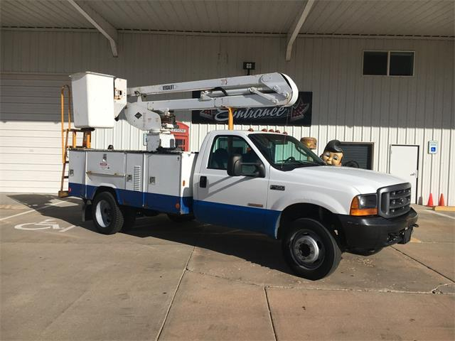 2004 Ford F-450 Chassis   930999