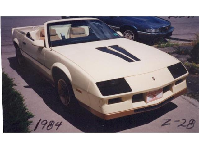 1984 Chevrolet Camaro | 940132